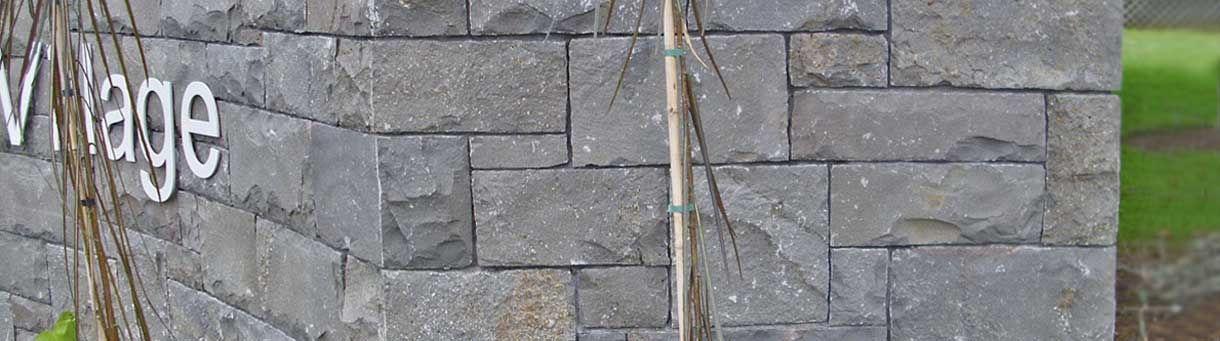 Walling Stone supplied by Auckland Stone supplies - constructed by Auckland Stonemasons